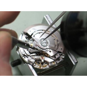 Replacement of watch clockworks with date